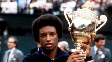 Tennis - Wimbledon Championships 1975 - Mens Singles Final - Arthur Ashe v Jimmy Connors